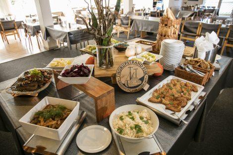 Tag på weekendophold i Slettestrand i Nordjylland og nyd vores frokostbuffet med kolde og lune retter.
