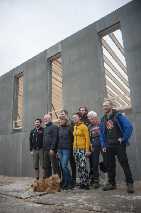 Familien Kronborg til rejsegildet på Havbadehuset - deres hidtil største projekt og investering.