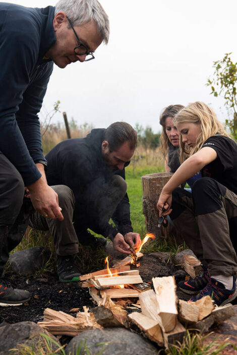 Madlavning over bål med Madsmedjen   Foto: Jens Thimm Valsted